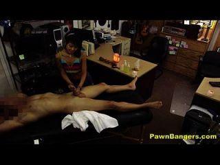 店经理他妈的热的亚洲女按摩师
