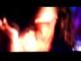 leena gupta热裸体未经审查的宝莱坞性爱场面