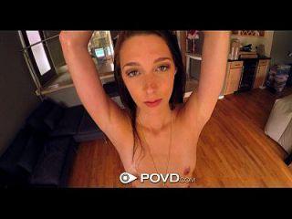 povd比基尼复制lola猎人带来大家伙填满她的阴部