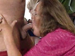 老和性感的奶奶!