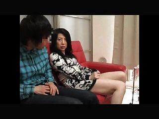 日本母親誘惑2