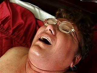 毛茸茸的胖奶奶他媽的