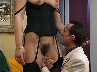 法國媽媽雙性交的丈夫和朋友