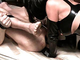 德國女主人他媽的她的奴隸