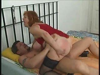 豐滿的胖胖的成熟在絲襪吸和他媽的