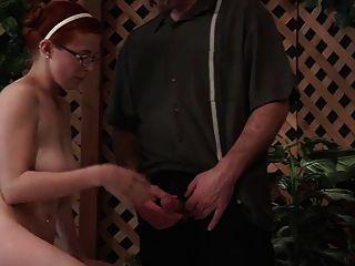 爸爸不給女兒性教育wf