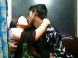 印度desi性感的女孩在churidar