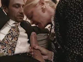 奶奶和milf在絲襪他媽的