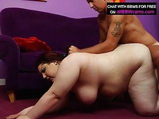 bbw紅頭髮他媽的巨型山雀和脂肪屁股2