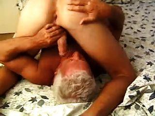 同性戀老年人獎勵救助者2