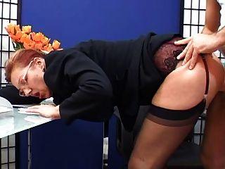 優雅成熟秘書他媽的