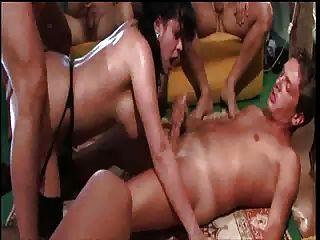pornstar gessica massaro意大利語troia團體狂歡肛門culo inculata figa