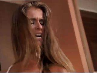 foursome與寶貝nessa惡魔加上熱金發和黑髮