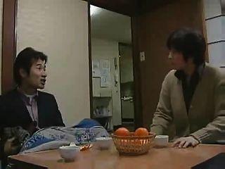 日本女孩與她的父親