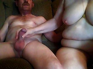 爺爺和奶奶有性在前面凸輪