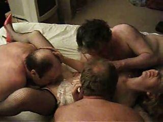 性感的英國摩洛陣線享受一個集團c3p0