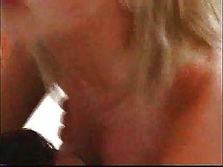 歐洲金髮美女深深的屁股... f70