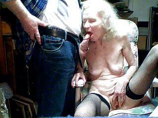 老奶奶70年由孫子吸