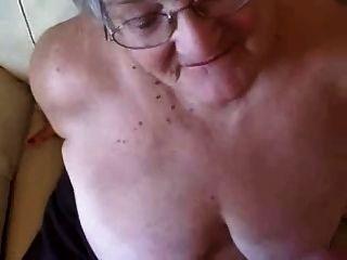 大面部一個76歲的奶奶!業餘