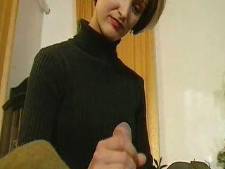 俄羅斯女孩與熱身亂搞
