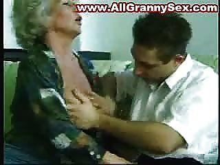 67歲的老奶奶