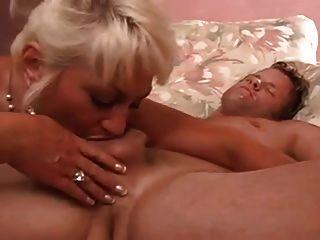 性感豐滿的奶奶