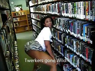 (lmfao !!)烏木milf贓物twerking在圖書館阿曼