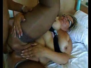 bbw奶奶與大山雀在硬肛門