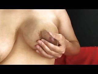 哺乳,母乳和breasty由spyro1958