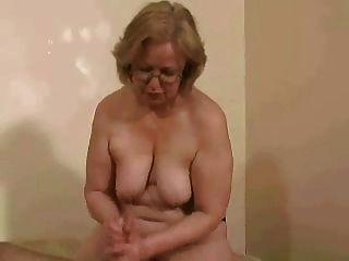 太太。沃森裸照