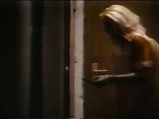 la nymphomane perverse(1977)完整的複古電影