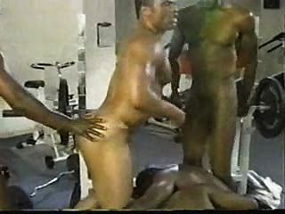 同性戀黑色健身房