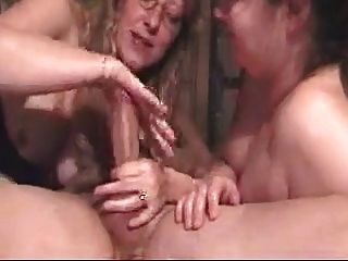 深喉嚨debbie和她的朋友讓他暨