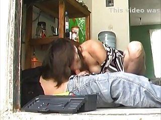 性感長腿拉提女主人他媽的修理工