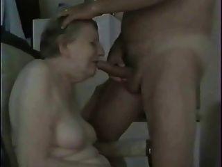 與我的愚蠢的老妓女樂趣
