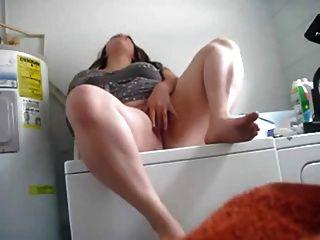 自拍胖乎乎的洗衣房bater