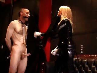 乳膠女主人他媽的奴隸
