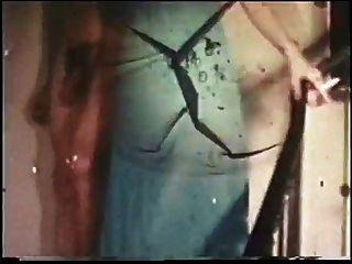 復古:約翰·霍姆斯和一個紅發