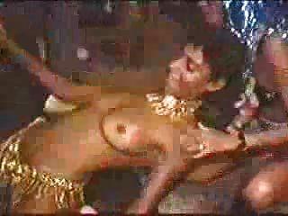狂歡節在里奧裸照辣妹跳舞