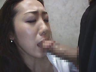 日本夫人在電梯3