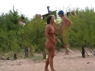 裸體海灘玩