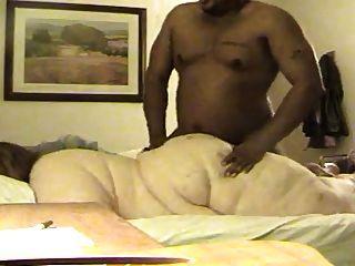 ssbbw做肛門與幸運的黑人