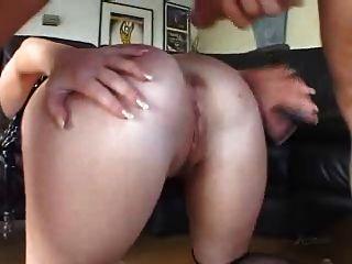 sasha knox蕩婦,肛門調凌deepthroat buttplug的樂趣!