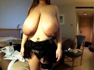 kaori和她巨大的亞洲乳房