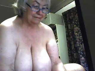 一個可愛的脂肪奶奶噴