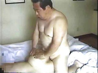 日本老人他媽的他的秘書