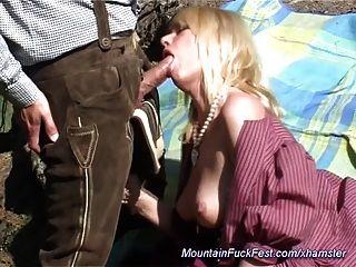 milf喜歡肛交在山上