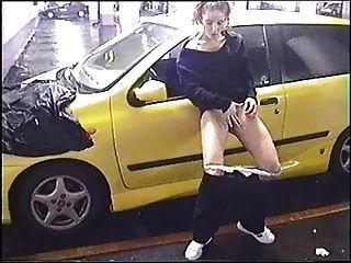 ex gf在公共停車場
