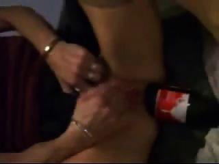 可口可樂瓶是非常好的拳頭她的混蛋