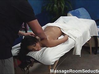 熱青少年性交按摩治療師!